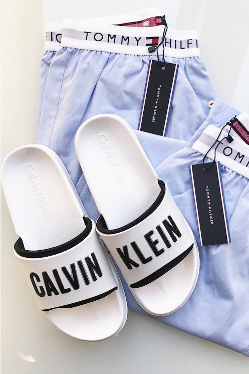 logo-slippers-white-1