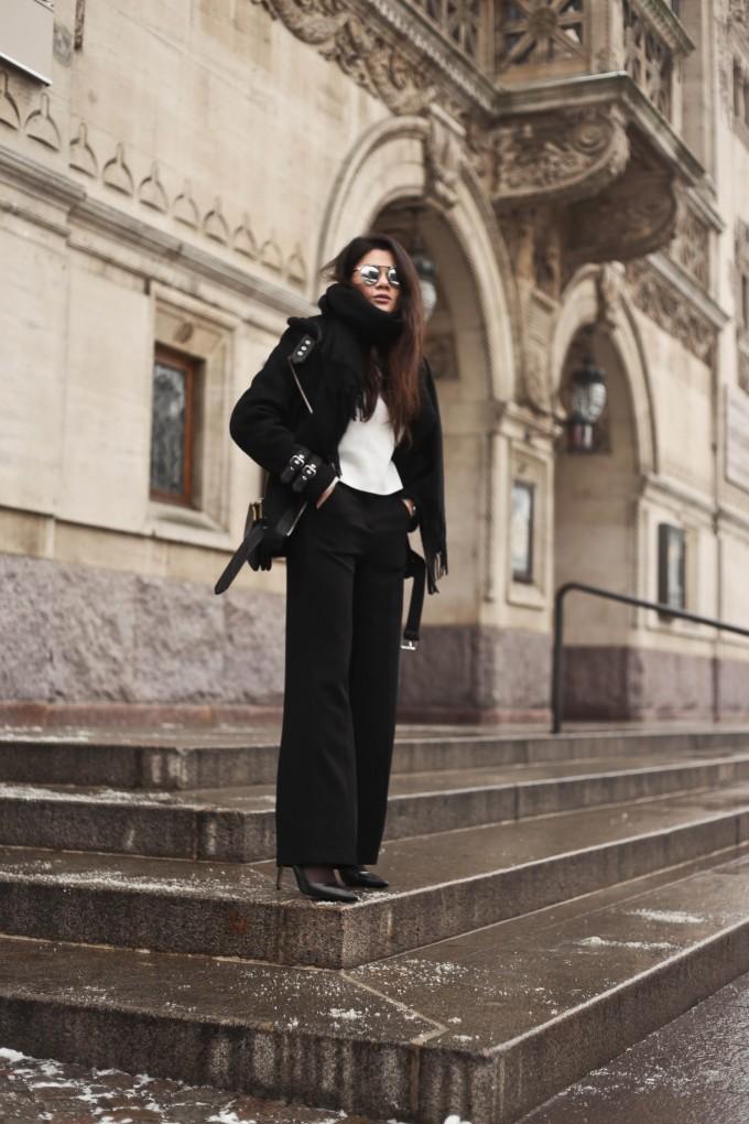 shearling coat-11, shearling coat, gina tricot, hoss pants, pumps, zara pumps, pointy heels, shearling coat outfit, shearling coat style, all black outfit, tailored pants, wide pants outfit, mowoblog, mowo blog, celine trio bag outfit, black on black outfit, winter outfit, danish fashion blogger, fashion blogger, blogger, blogger europe, blog, fashion blog, style blog, danish, scandinavian style