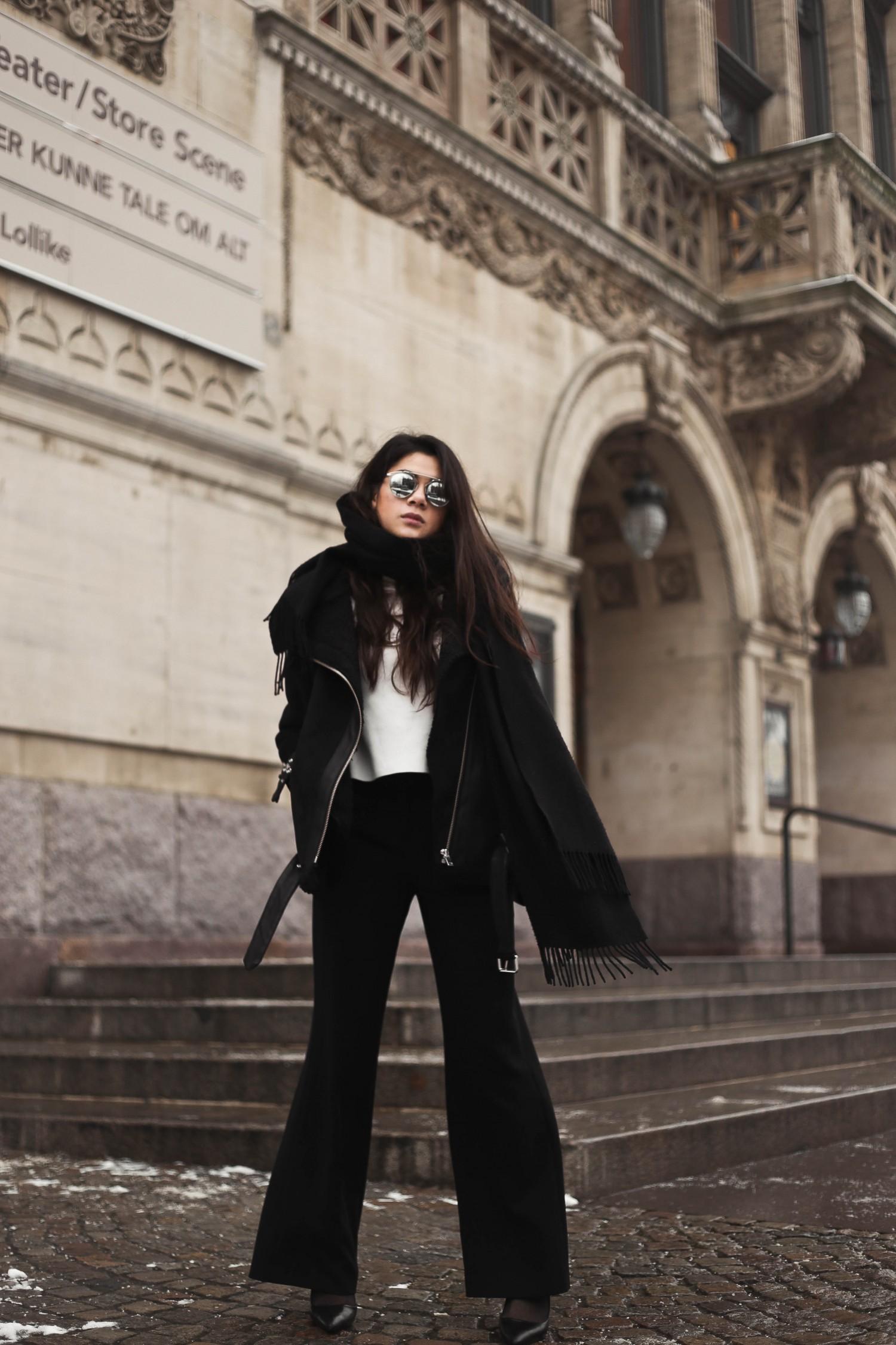 shearling coat-20, shearling coat, gina tricot, hoss pants, pumps, zara pumps, pointy heels, shearling coat outfit, shearling coat style, all black outfit, tailored pants, wide pants outfit, mowoblog, mowo blog, celine trio bag outfit, black on black outfit, winter outfit, danish fashion blogger, fashion blogger, blogger, blogger europe, blog, fashion blog, style blog, danish, scandinavian style
