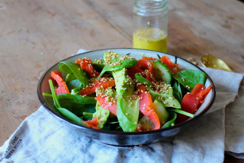 Turbosalat med laks og avocado
