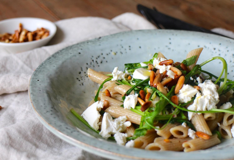 Ultra nem pasta med ruccola og feta