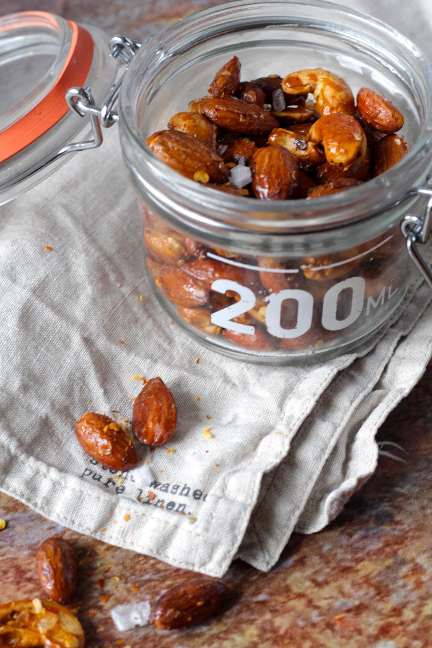 Honning ristede nødder med havsalt og chili