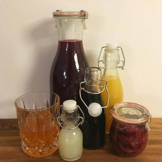 Hindbær-Aroniasaft og -marmelade