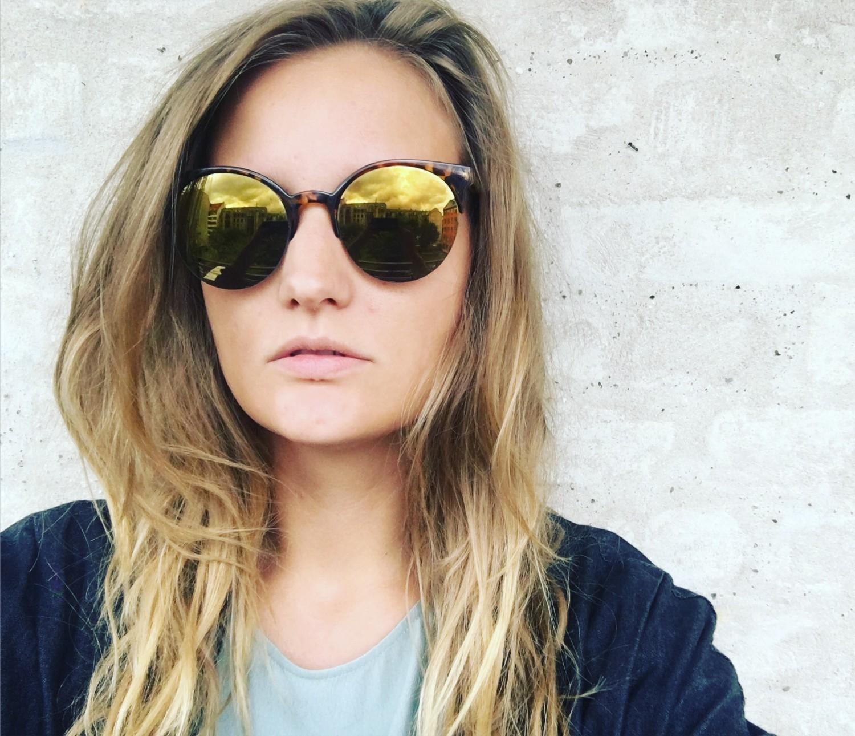 42d10bdd5794 Købte sager og solbriller back in stock – Sneglcille