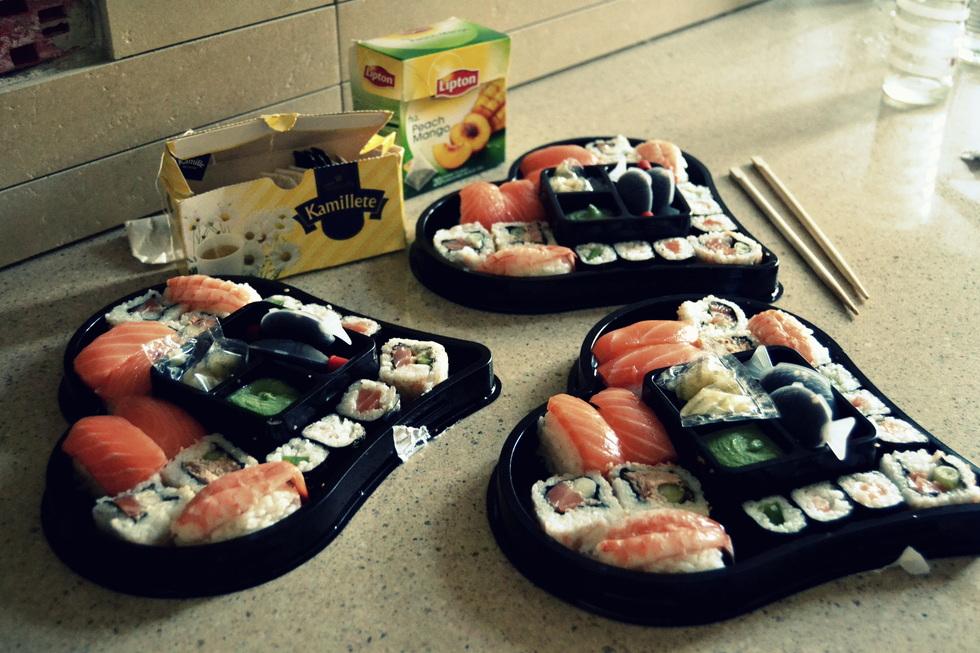 sorø sushi annoncer lys