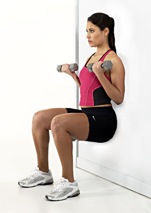 wall-sit-arm-curl-ex