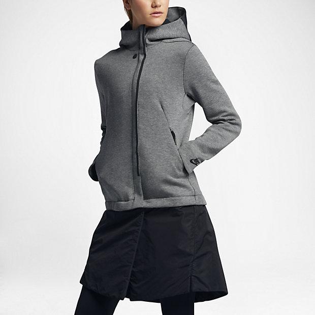 sportswear-tech-fleece-jacket