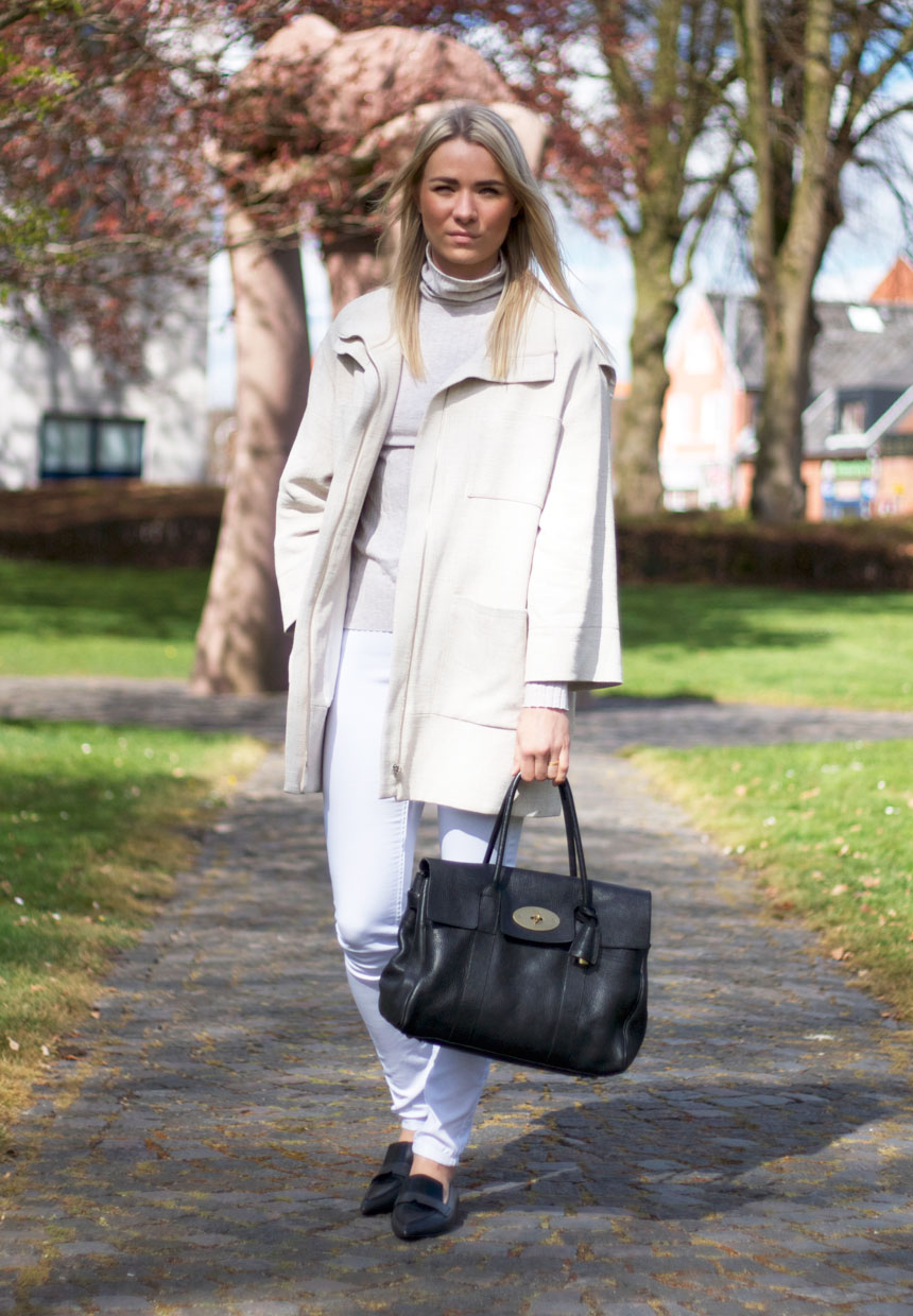 outfit-fin-mulberry-bag