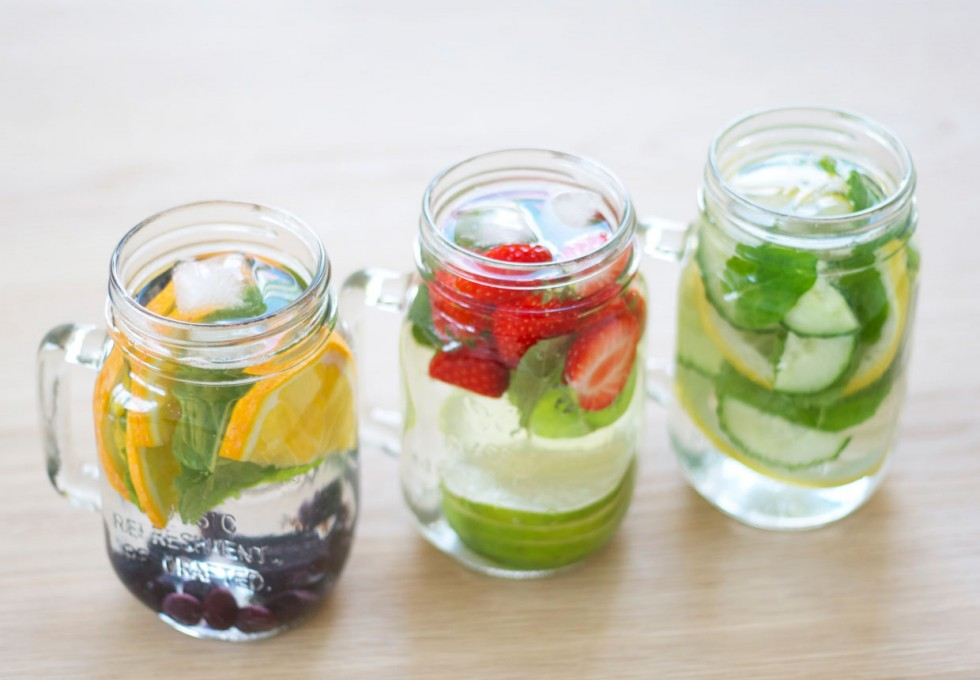 infused-water-strawberry