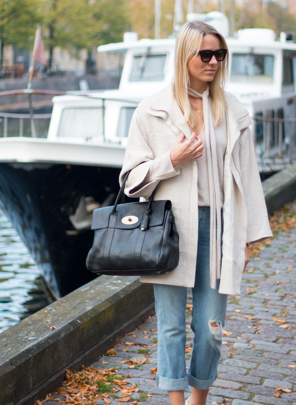 cashmere-sweater-jeans