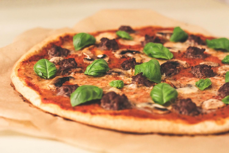 pizza med fuldkorn
