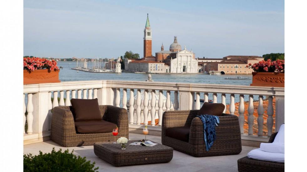hbz-balconies-Luna-Hotel-Baglioni-San-Giorgio-Terrace-lg