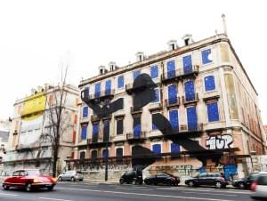 Lisboa mural graffiti V