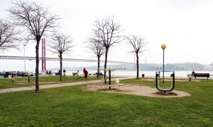 Lisboa outdoor fitness by the sea action