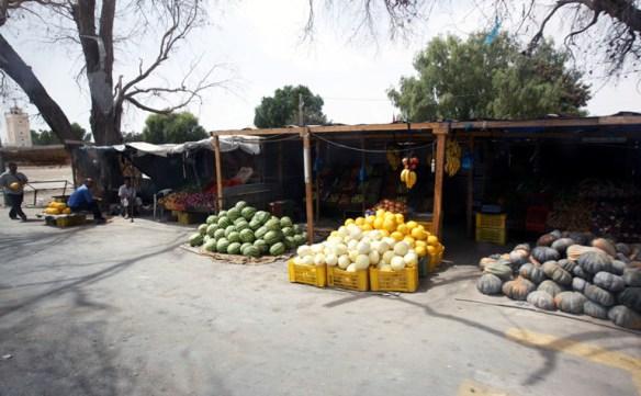 Tunesien_Groentsager_boder_vej