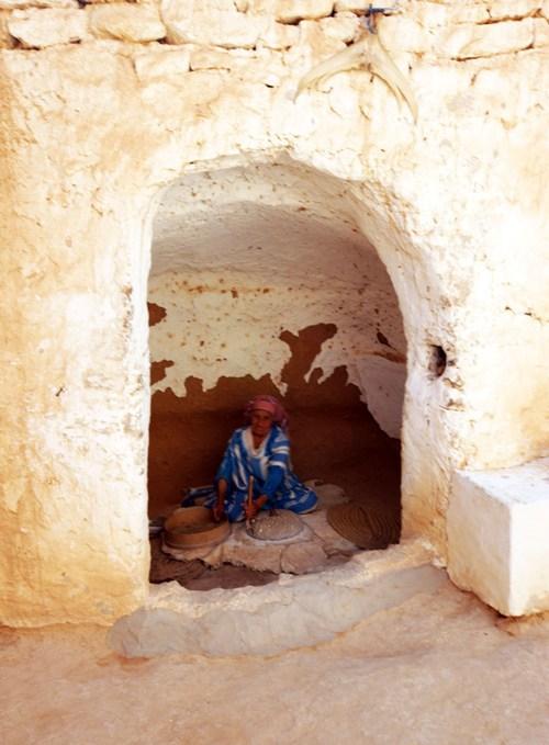 Tunesien_berber_bolig_koekken