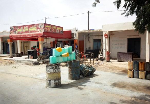 Tunesien_olie_salg_paa_vejen