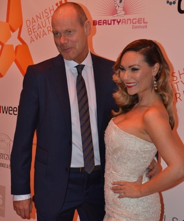 Mascha Vand og Andreas Bo Danish Beauty Award Lasse Spangsberg kjole
