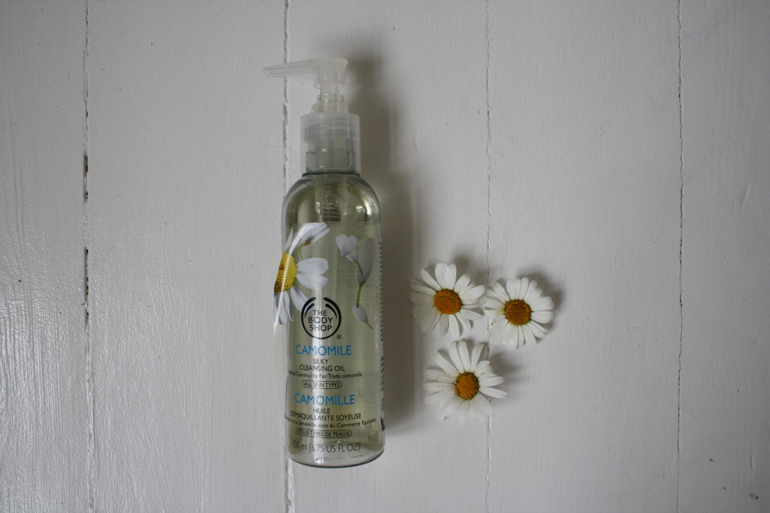 renseolie the body shop camomile silky cleansing oil
