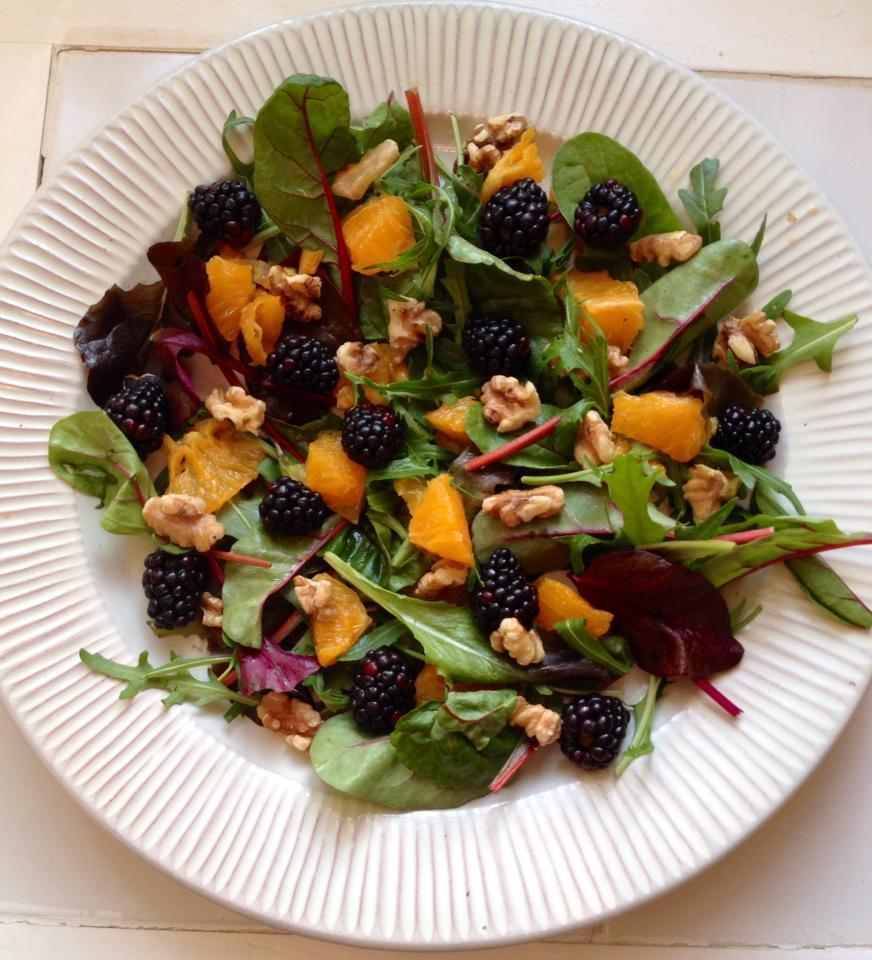 salat med brombær