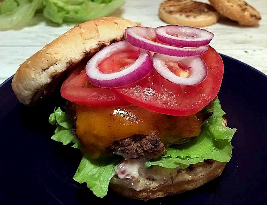 burger-baconn-re