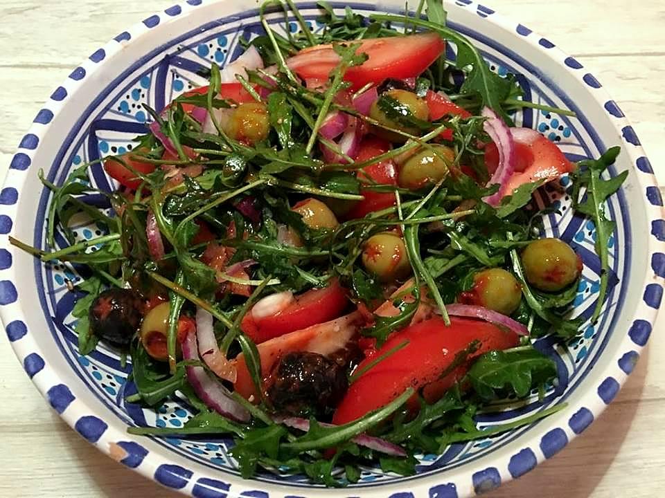 salat-til-kyllingebryst-mv