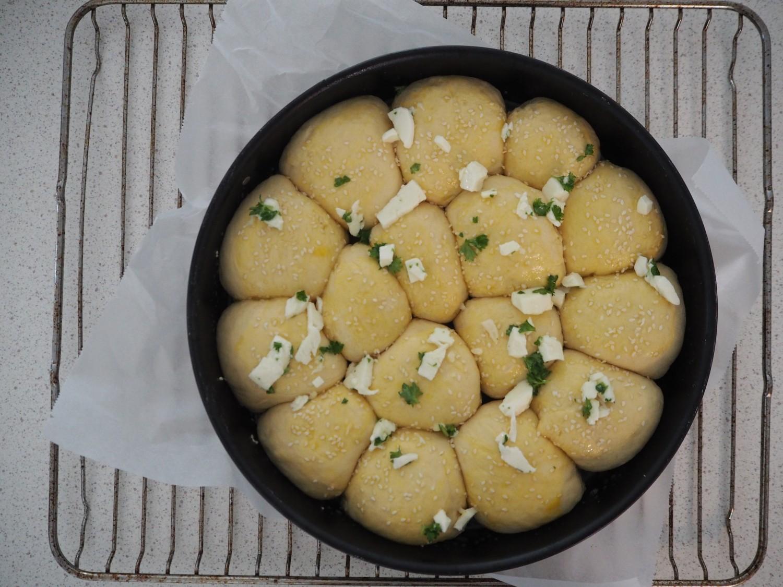 møllehjul-ostebomber-med-mozzarella-pesto