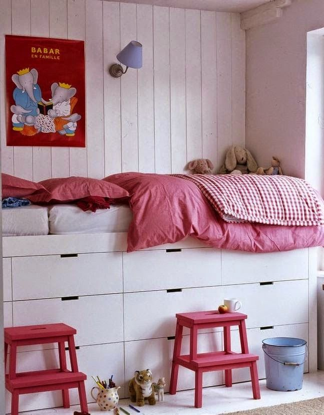 DIY: Beds with storage | KreaVilla