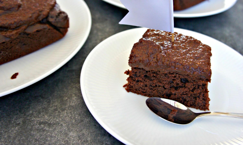 4 INGREDIENSER - sund chokoladekage med chokolademousse - Cathrineyoga.dk - 5