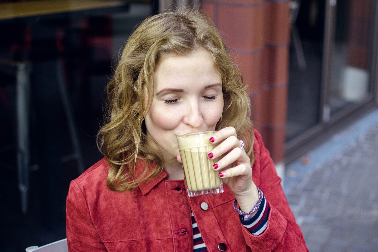 Caroline Sølver drinking coffee