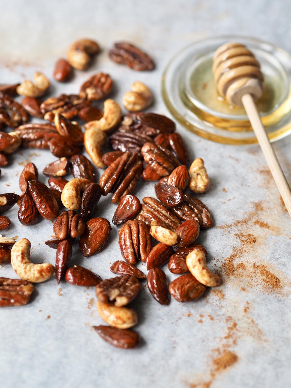 Honningristede nødder med kanel