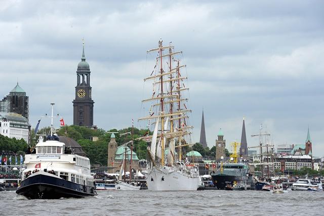 Hafengeburtstag 2014 Wasserprogramm Auslaufparade