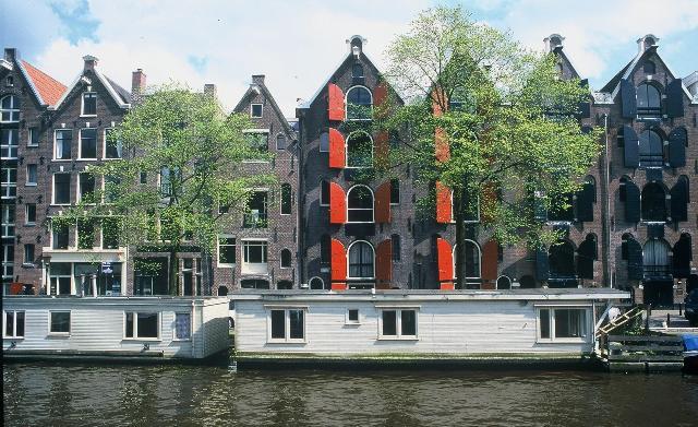 De smukke pakhuse giver gratis oplevelser i Amsterdam