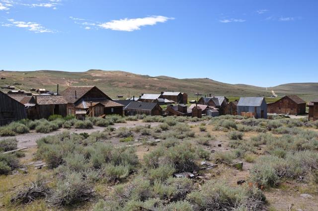 Der er omkring 200 huse tilbage af byen, som for 150 år siden var fyldt med guldgravere, prostituerede og lovløse banditter.