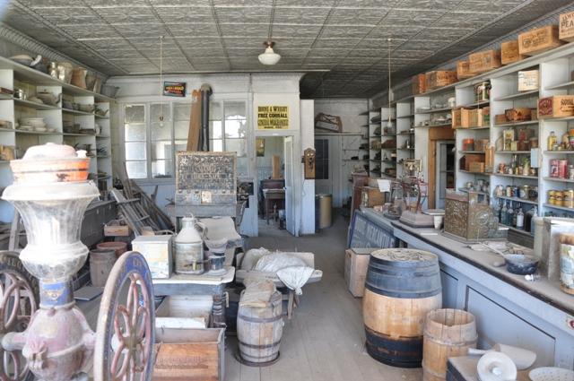 Boone General Store havde alt, hvad Bodies indbyggere havde brug for.