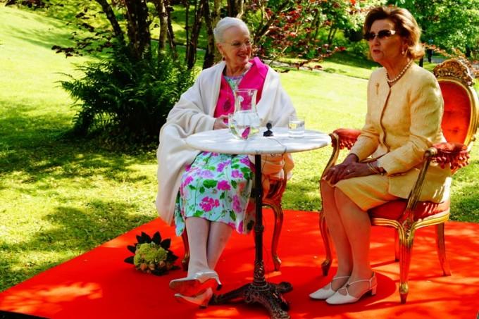 Dronning Margrethe og dronning Sonja