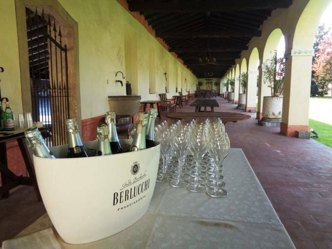 Den italienske vingård Berlucchi. Foto af gårdhaven