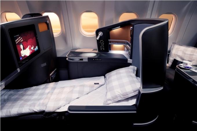 SAS flysæde lavet om til en seng på buisness class
