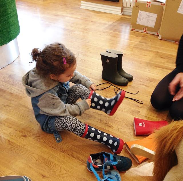 29e6d30d035c Det kan være svært at købe sko til mindre børn
