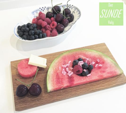 Vandmelon med frugt dessert