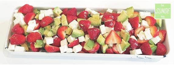 Jordbær.avokado salat 1