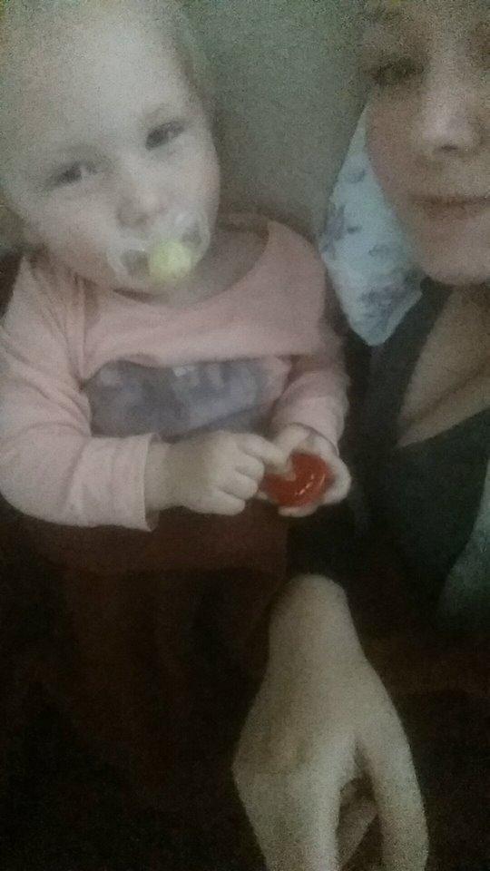 Mine børn er det smukkeste og mest kærlige jeg nogensinde har mødt! mens jeg kigger på dem virker en kemirapport jo som det mindste i verden! <3