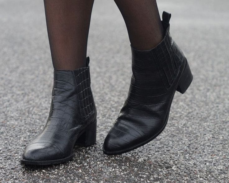 NEW IN - CAMILLA PHIL BOOTS