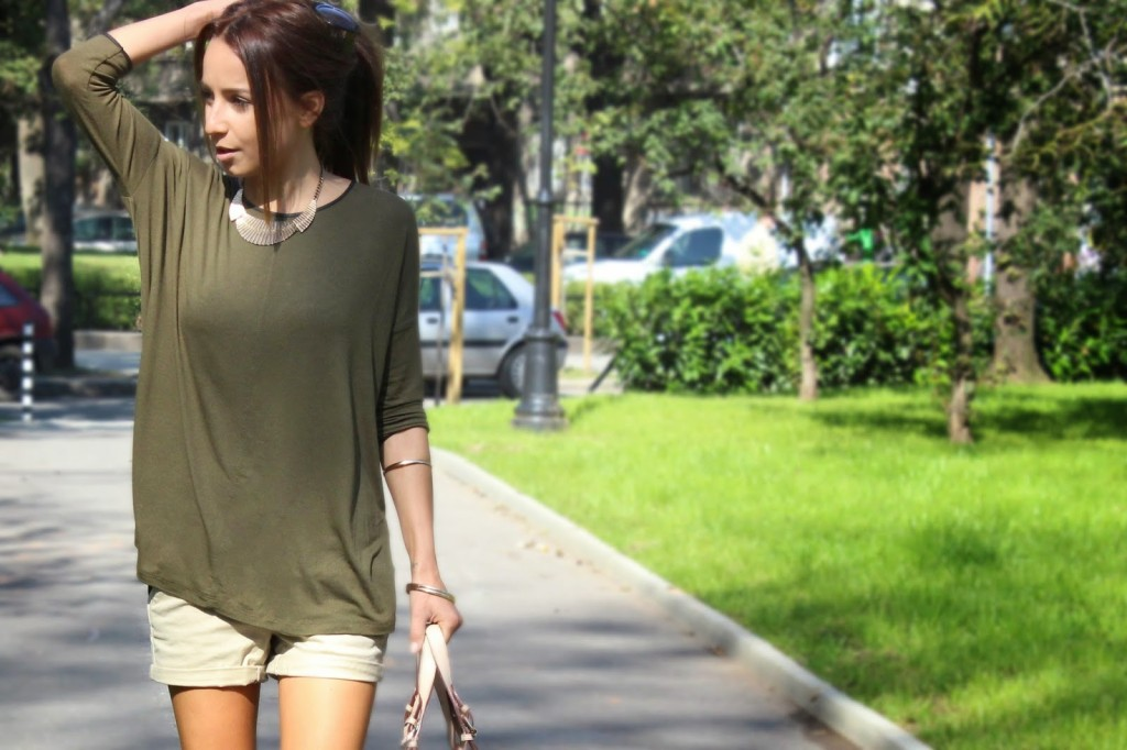 khaki_top_autumn