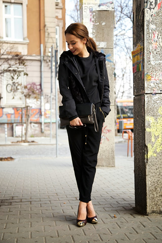 black_on_black_winter_outfit