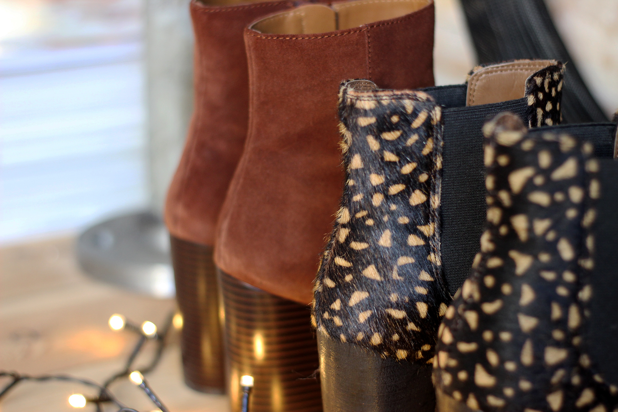 letters-to-a-chelsea-boot