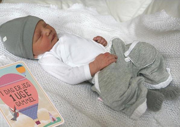 milestone kort til baby barselgaver