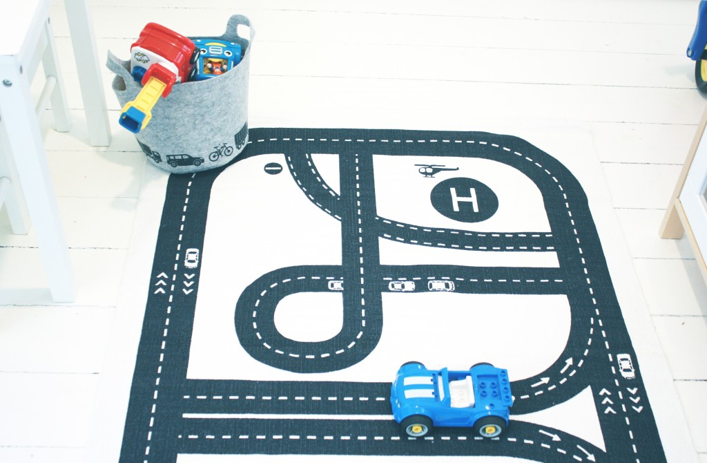 børneværelse tæppe bilbane