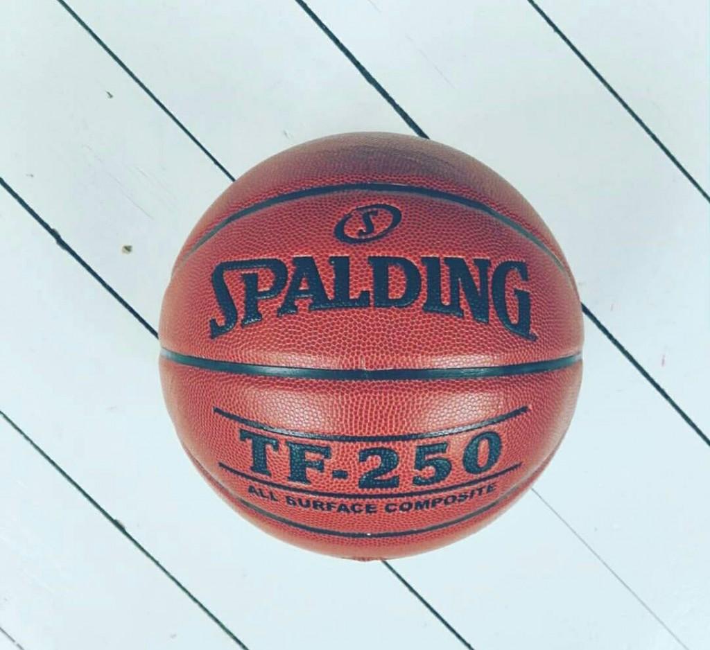 spalding basketball læder