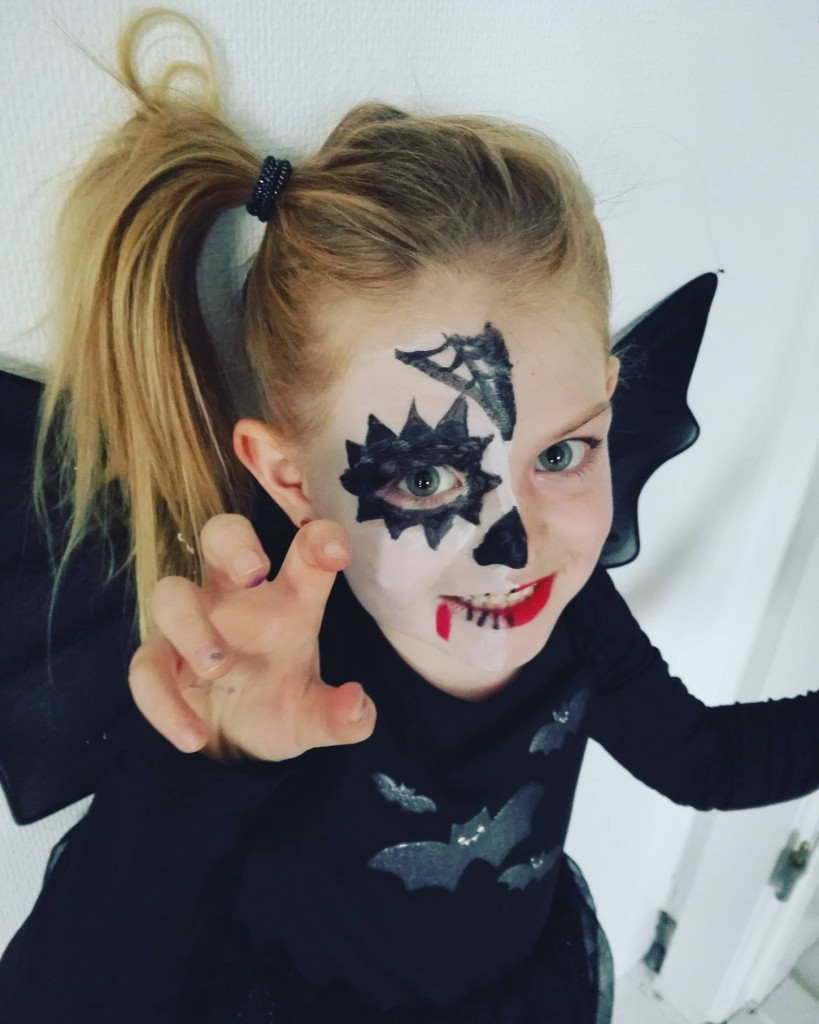 halloween ansigtsmaling nem